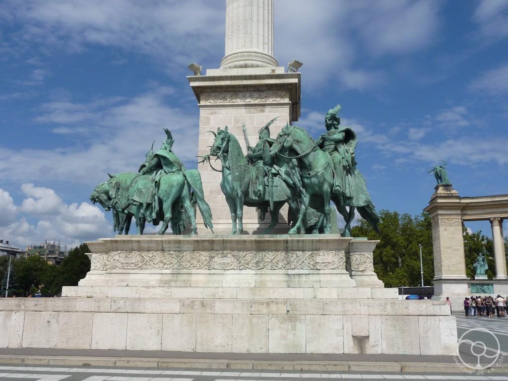 Budapest place des heros 3